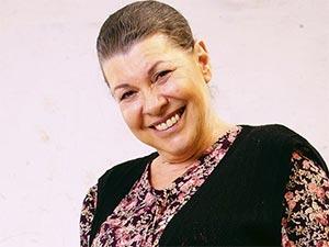 Cenaze İşleri - Suzan Aksoy - Fatma Kimdir?